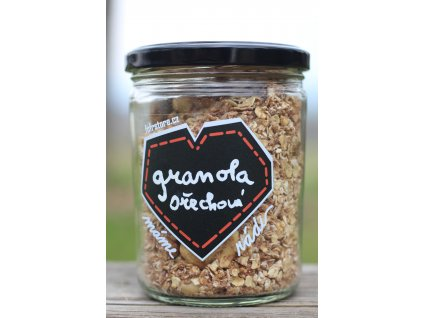 Ořechová granola
