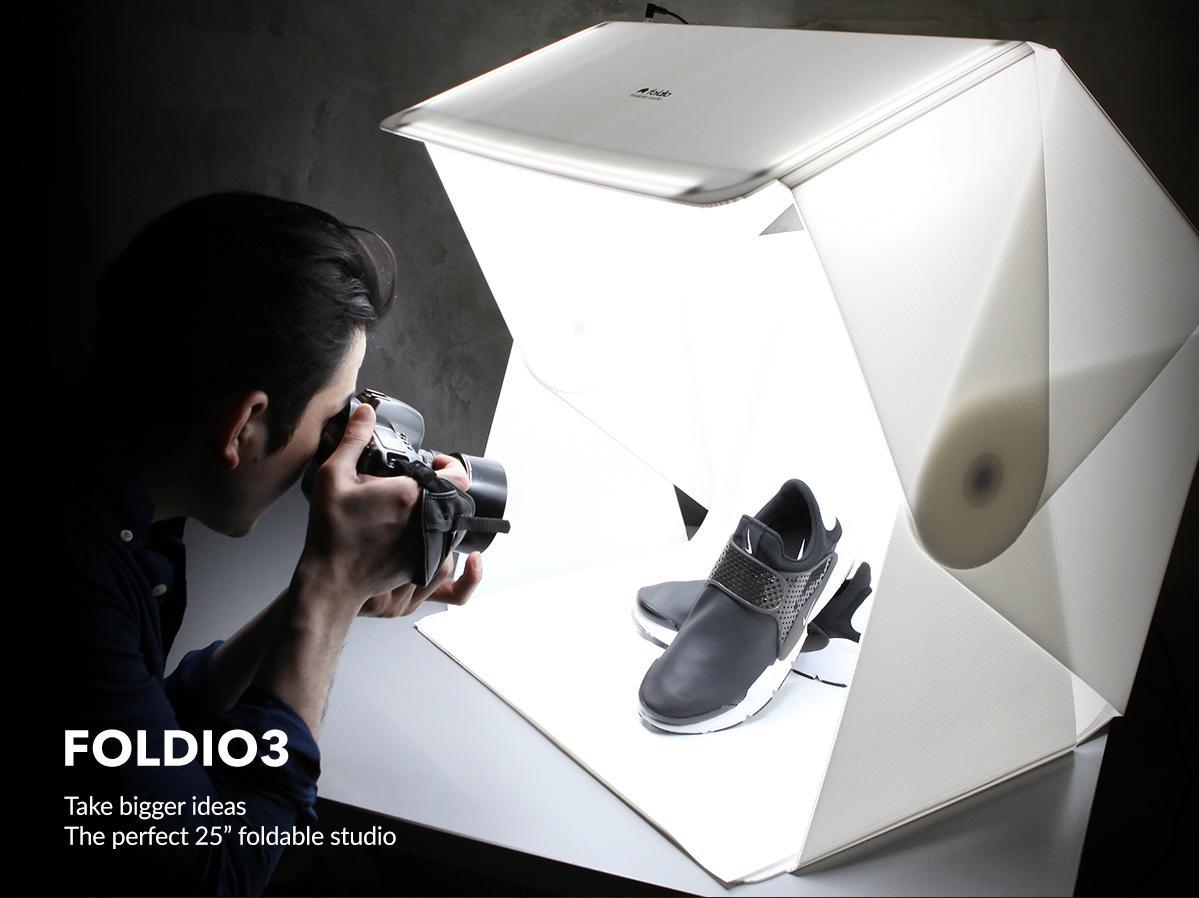 foldio3-story-brochure_1200_0624_01