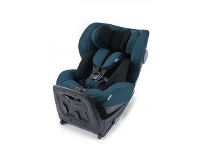 kio feature with newborn inlay reboarder recaro kids 1