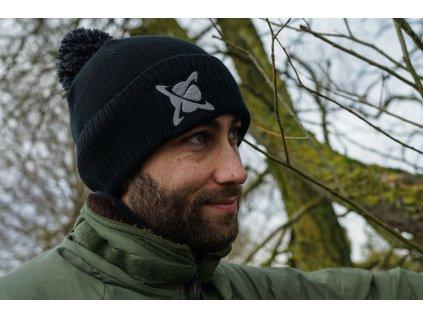 CC Moore oblečení - Zimní čepice Bobble Black  + Sleva 10% za registraci