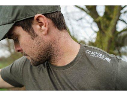 CC Moore oblečení - Tričko Khaki  + Sleva 10% za registraci