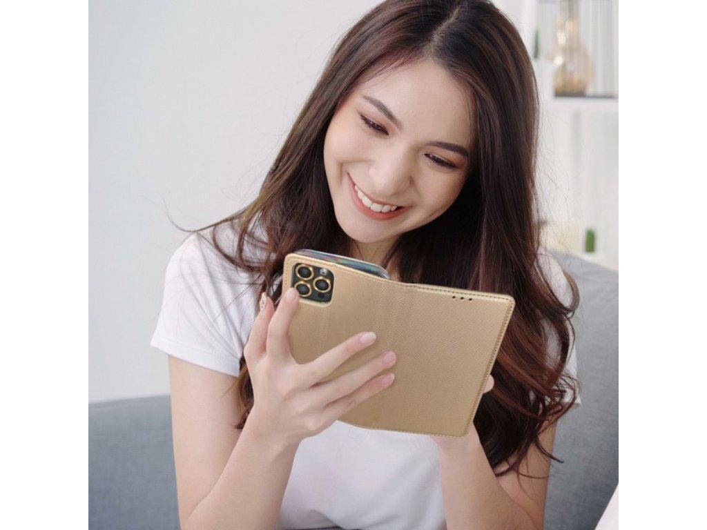 Pouzdro Smart Case Book Samsung Galaxy J3 (2016) zlaté