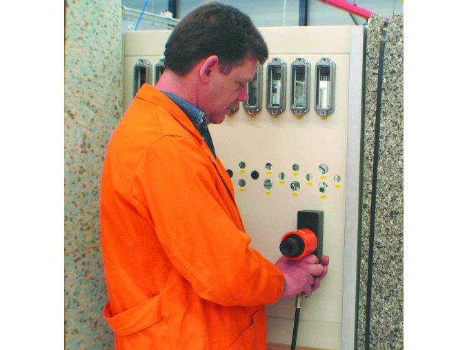 Děrovací nástroje obdelníkové pro konektory - na nerez