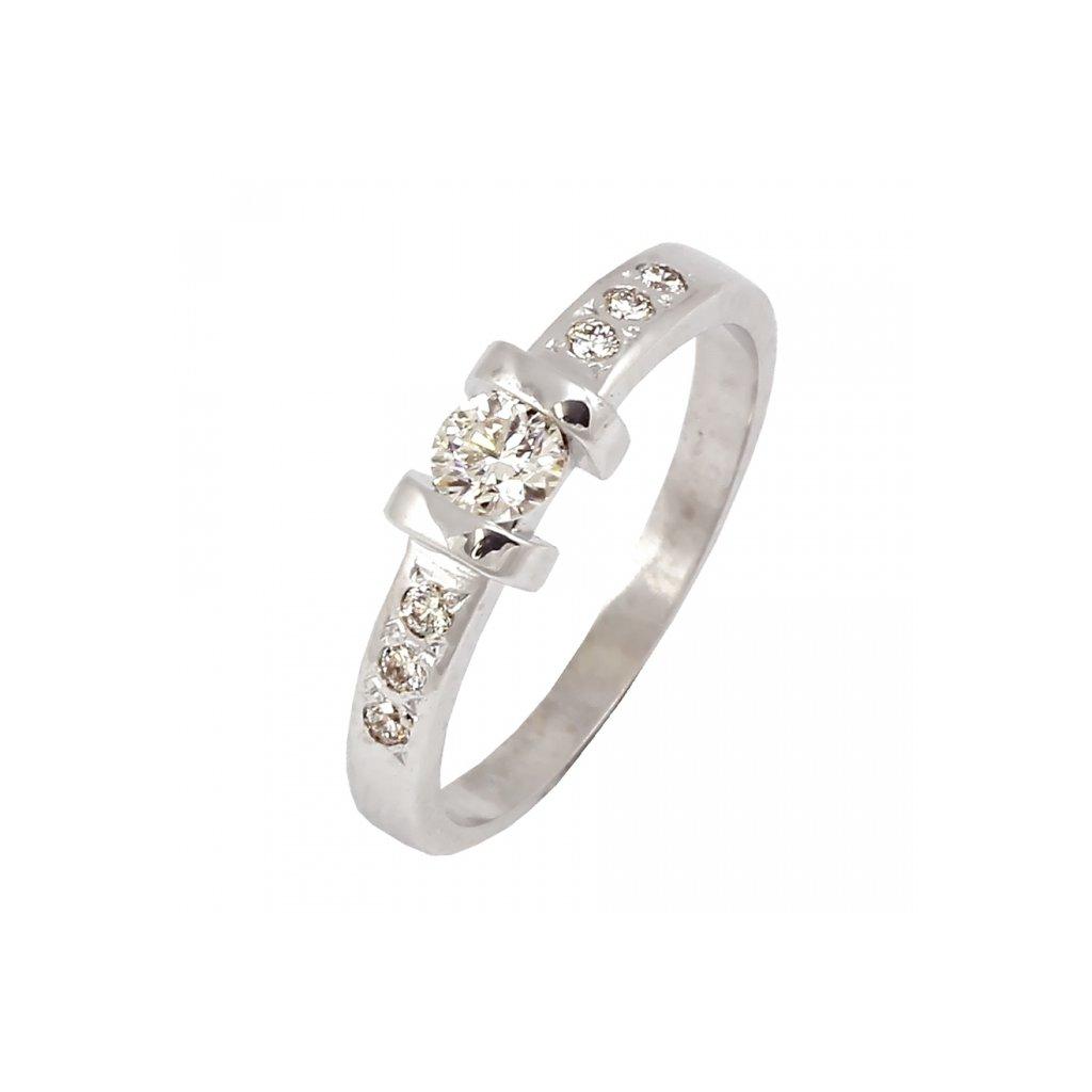 netradičný briliantový prsteň 22136