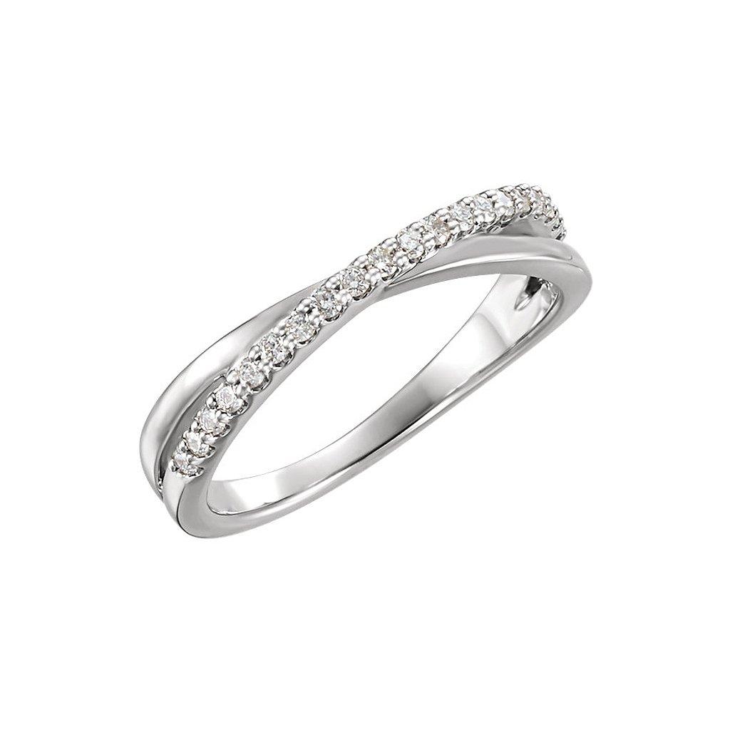 122773b prsteň z bieleho zlata vykladany kamienkami