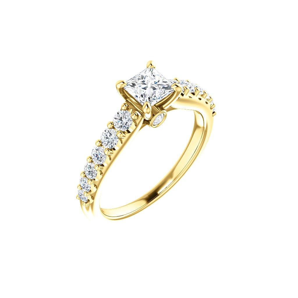 123539B Z B  prsteň zo žltého zlata osadený briliantami