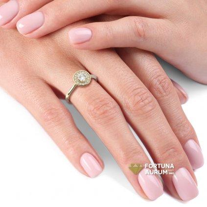 122743zx zlatý prsteň so zirkónmi
