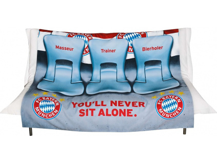 Přehoz na pohovku FC Bayern Mnichov stadion