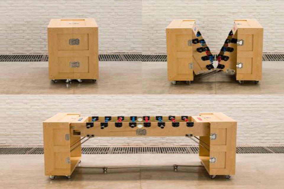 Skládací stolní fotbal - revoluční řešení do malého bytu