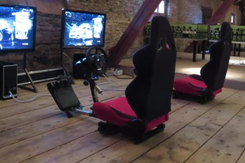 pronajem-racing-simulatory