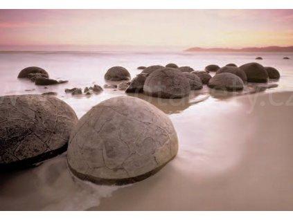 Fototapeta Moeraki Boulders At Oamaru, osmidílná, 366x254cm, 8D ID 285, skladem poslední 3 ks