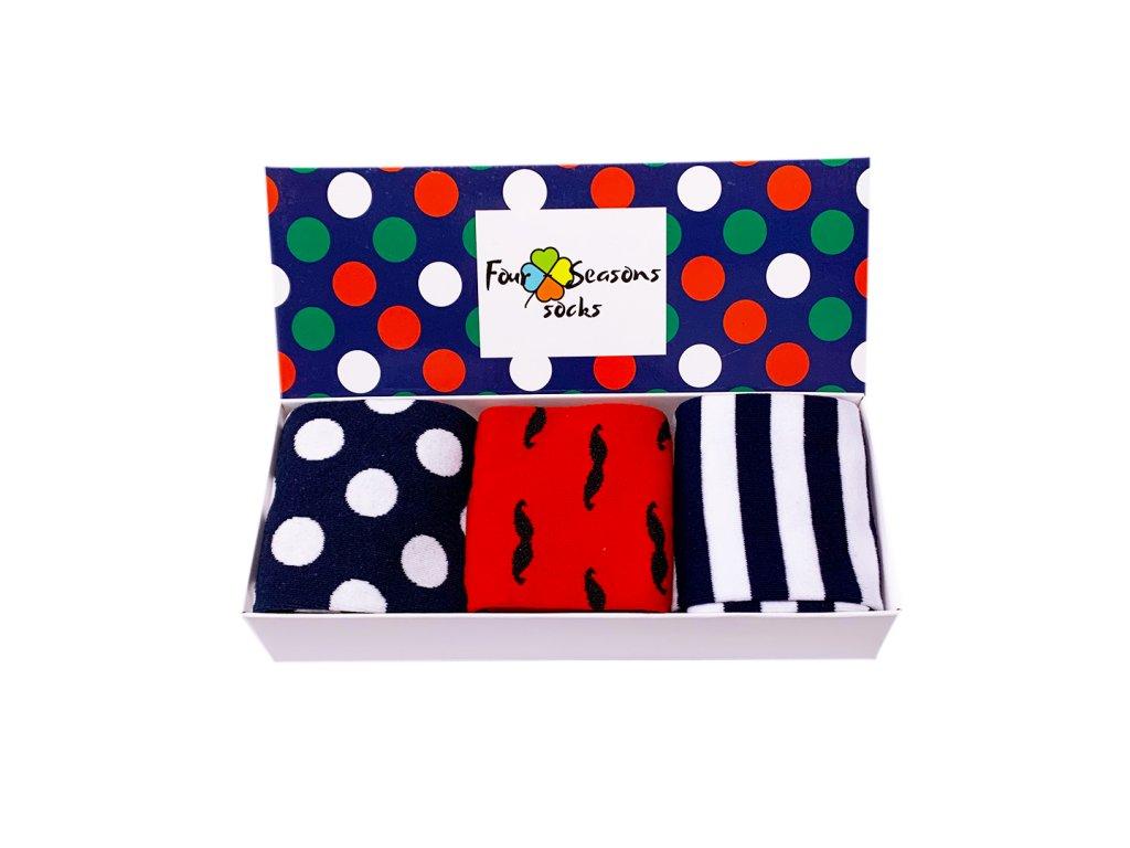 Dárková krabička s puntíky + 3ks ponožek