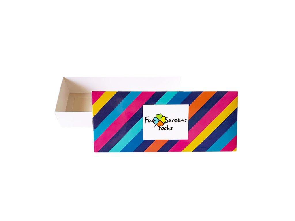 Dárková krabička s pruhy
