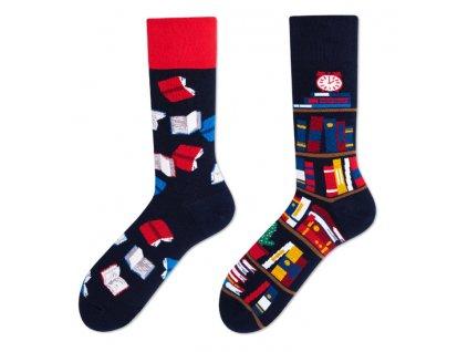 Four Seasons veselé ponožky Knihovna