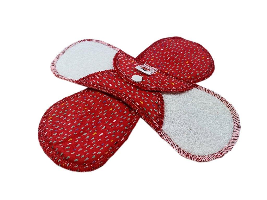 Denní krátká PUL kapky na červené - bavlněný satén Wilburrina