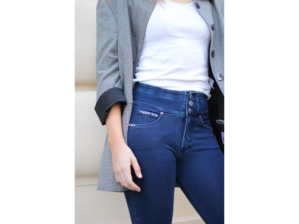 N.O.W.® Freddy kalhoty v džínově tmavě modré, modrý šev, vysoký pas