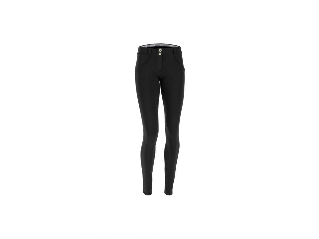 f590368ea1 Freddy kalhoty D.I.W.O.® látka v černé barvě