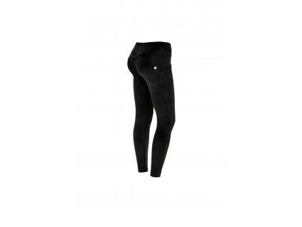 Semišové Freddy WR.UP kalhoty v černé barvě , střední pas s knoflíčky, superskinny střih v 7/8 délce