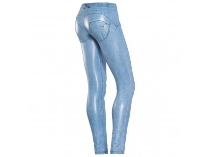 Freddy kalhoty v koženém stylu, světle modrá barva, nízký pas, skinny střih