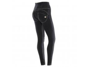 Freddy kalhoty v džínové černé barvě, bílé prošívání, vysoký pas, zip  KOLEKCE PODZIM/ZIMA 2017