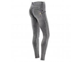 Freddy WR.UP kalhoty v džínově šedivé, normální pas, seprané  KOLEKCE PODZIM/ZIMA 2017