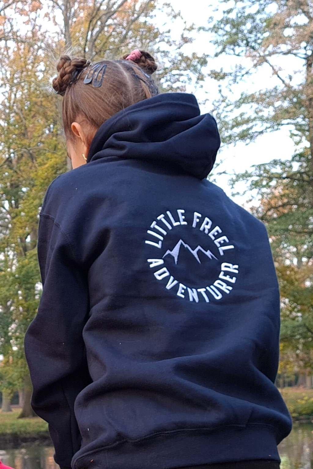 Mikina Little Navy Freel (1)