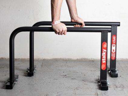 Velké kovové stálky WOCLUB STALKY L české výroby. Ideální pro kliky, stojky, planche. Známe jako paralety, parallettes, mini bradla, nízké bradla, gymnastické bradýlka.