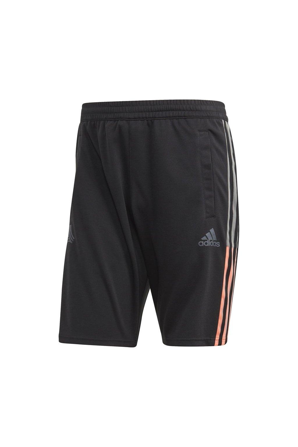 Pánske šortky Adidas Tango L FP7905 čierne
