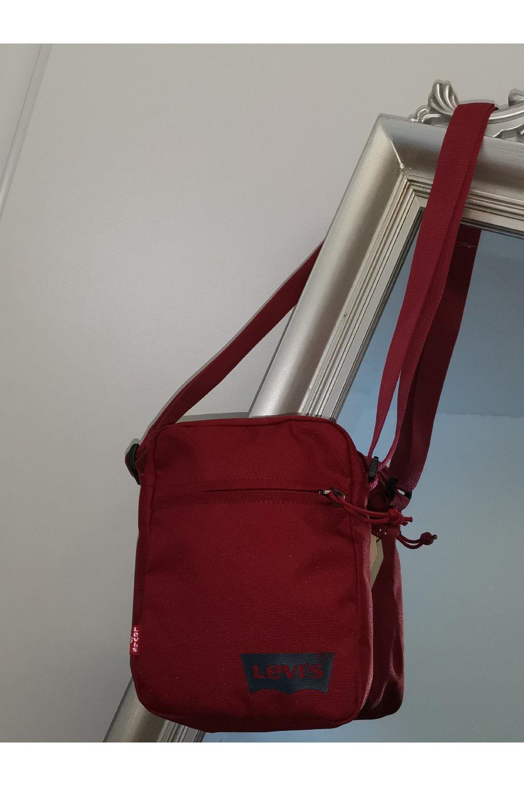 Športová menšia taška LEVI'S bordová 77170-0552