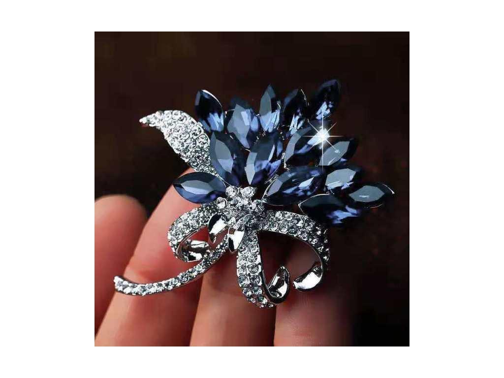 květ modrý