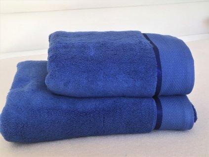 korálová modrá