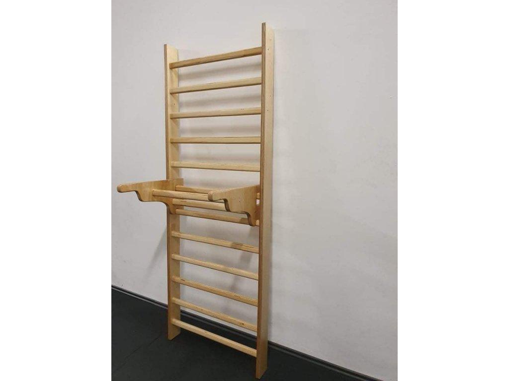 Dřevěné žebřiny s hrazdou