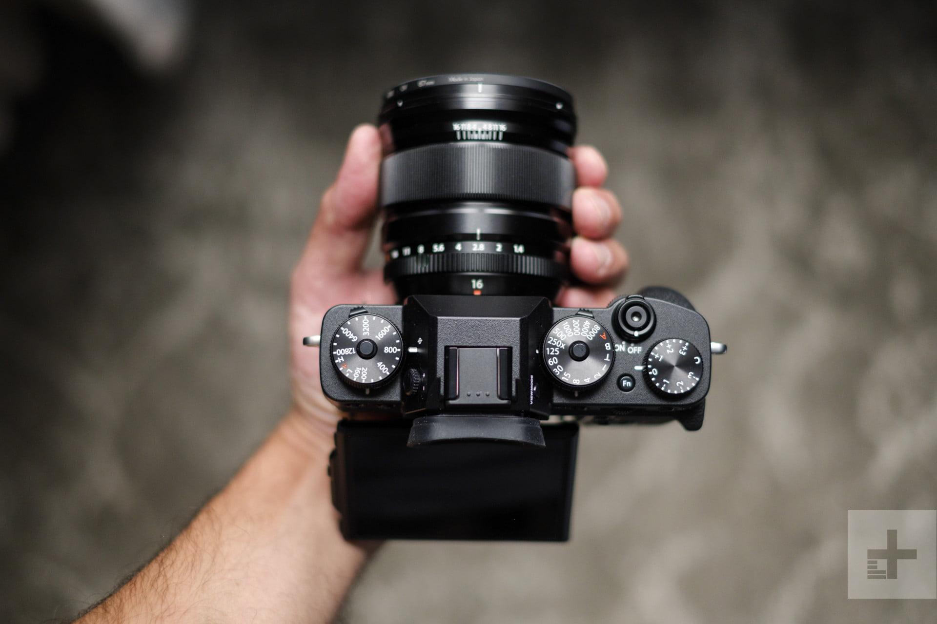 FUJI-TIP 40 (Jak vytvořit novou složku na SD kartě přes fotoaparát?)