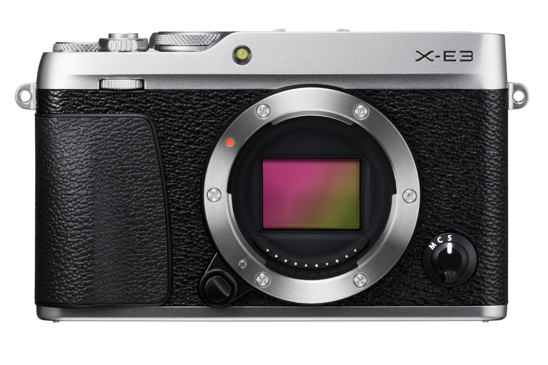 FUJIFILM X-E3 CASHBACK 2600,- Kč + dárkový set v hodnotě 2 700,- Kč Barva: černostříbrná