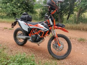 Gmole Outback Motortek - KTM 690 (Kolor czarny)