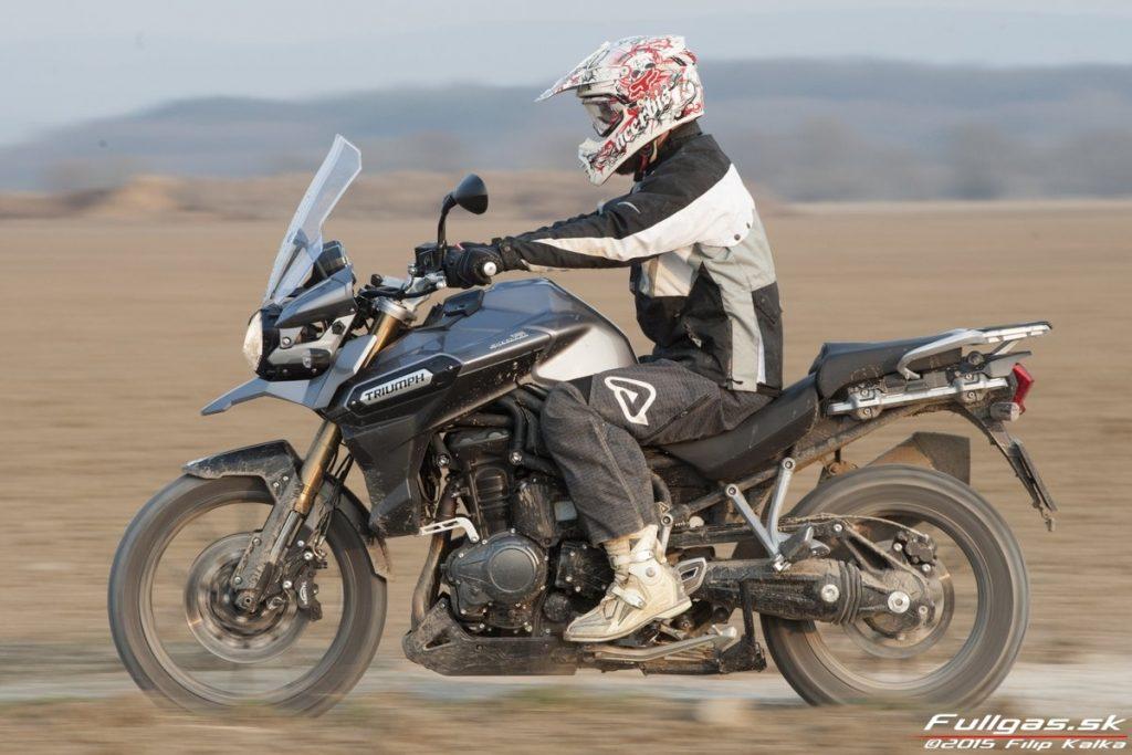 022-triumph_tiger_explorer_1200_www.fullgas.sk_filip_kalka_2015-1024x683