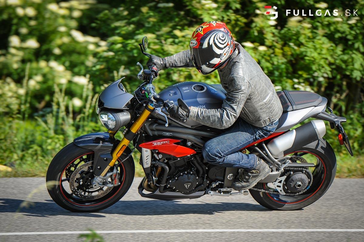 Triumph_Speed_Triple_2017_fullgas.sk_0140