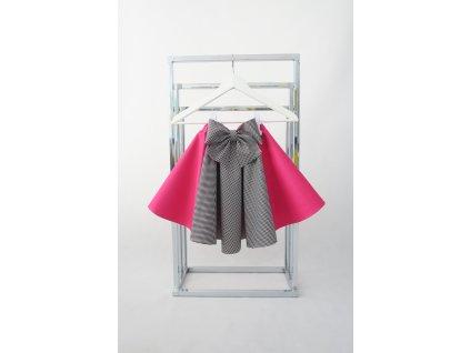 Točivá pískacia sukňa ružová