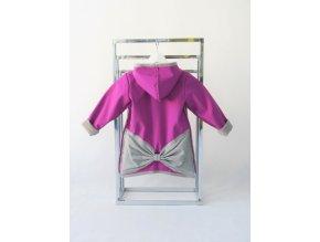 Pískací softshellový kabátik s mašľou purpur