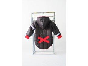 Prešívaná zimná bunda s krížikom čierna
