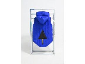 Zateplená pískacia vesta s trojuholníkom kráľovská modrá