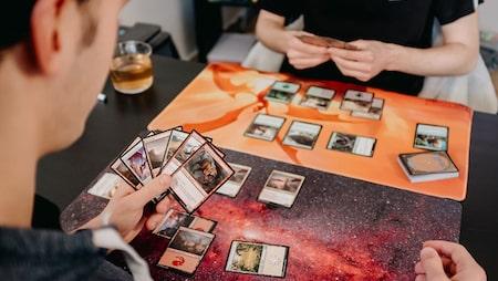Co je Magic: The Gathering?