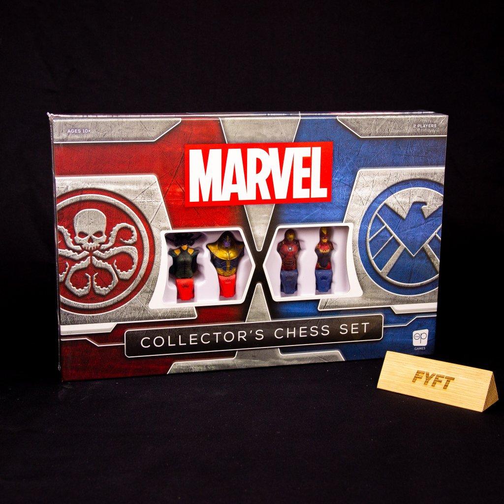 Šachy - Marvel Collector's Chess Set - EN (USAopoly)