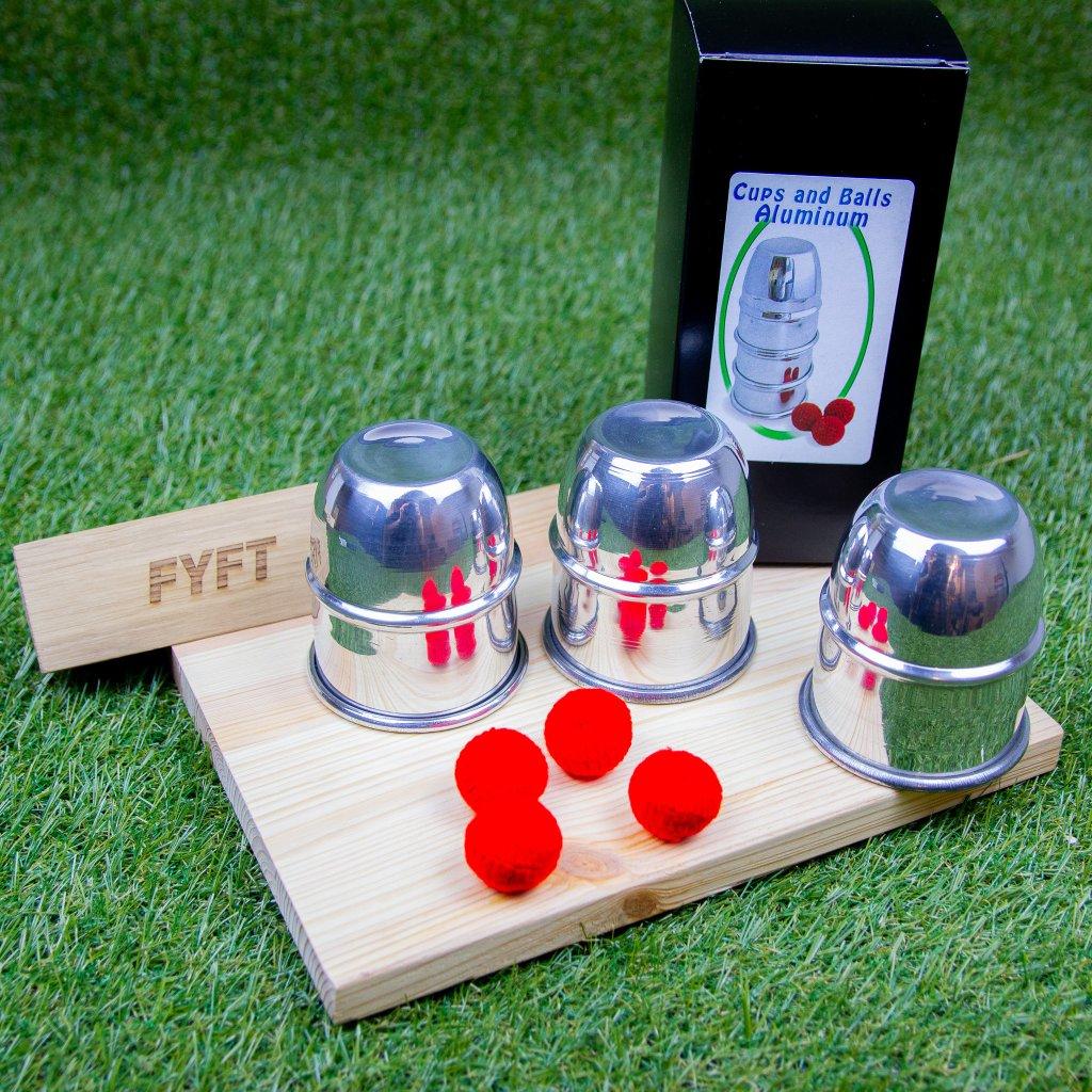 Cups and Balls (Poháry a míčky) - kouzlo