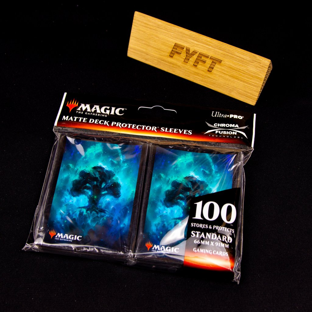 Celestial Forest Matte (100ks) Deck Protector Sleeves - Ultra Pro obaly na karty