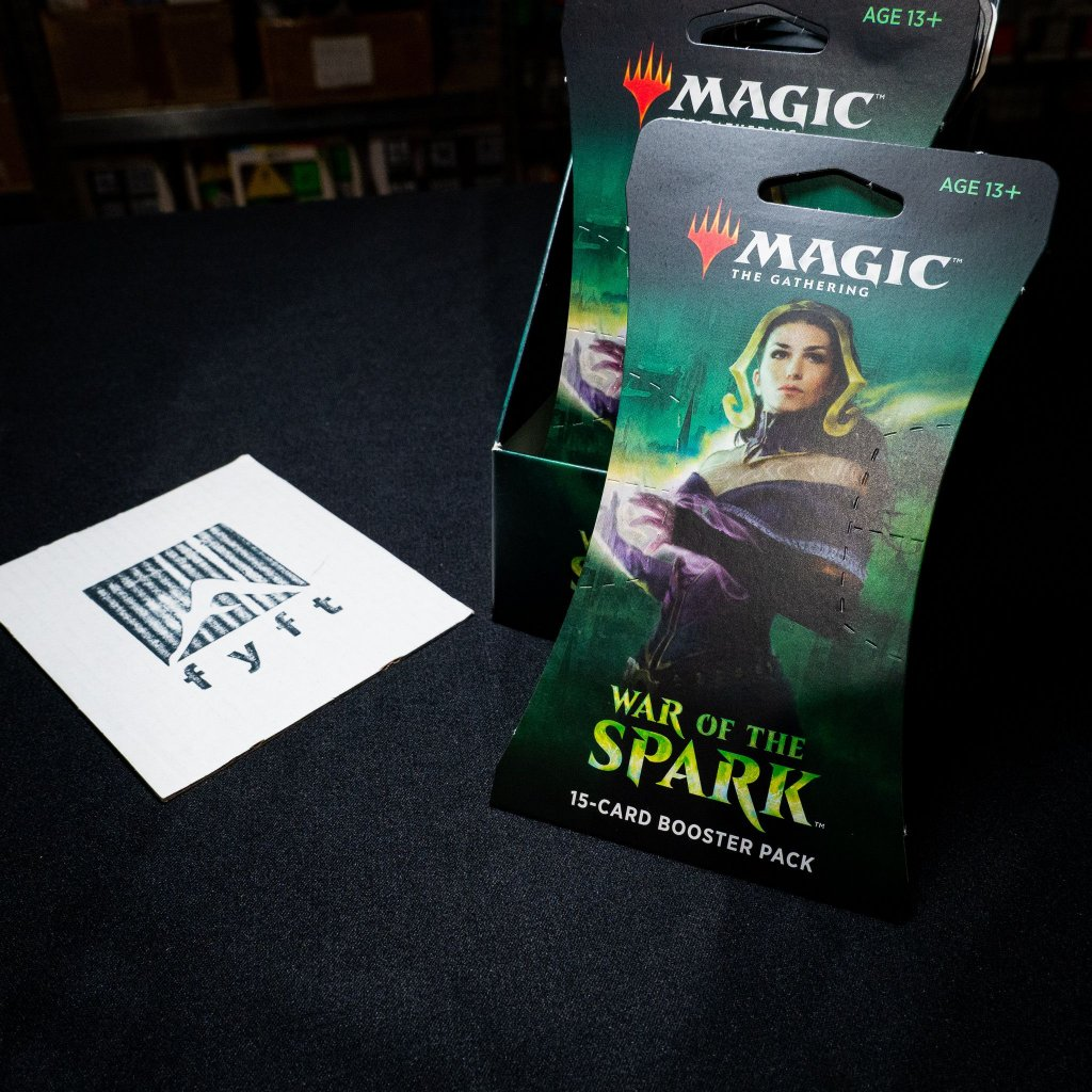 War of the Spark MTG sleeve booster (Magic: The Gathering)