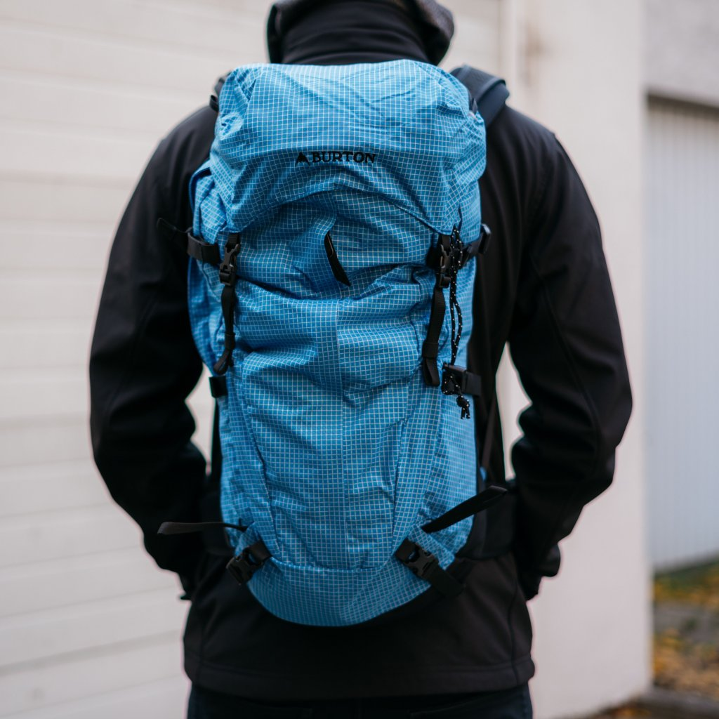 Všestranný batoh Skyward 30 l (Burton)
