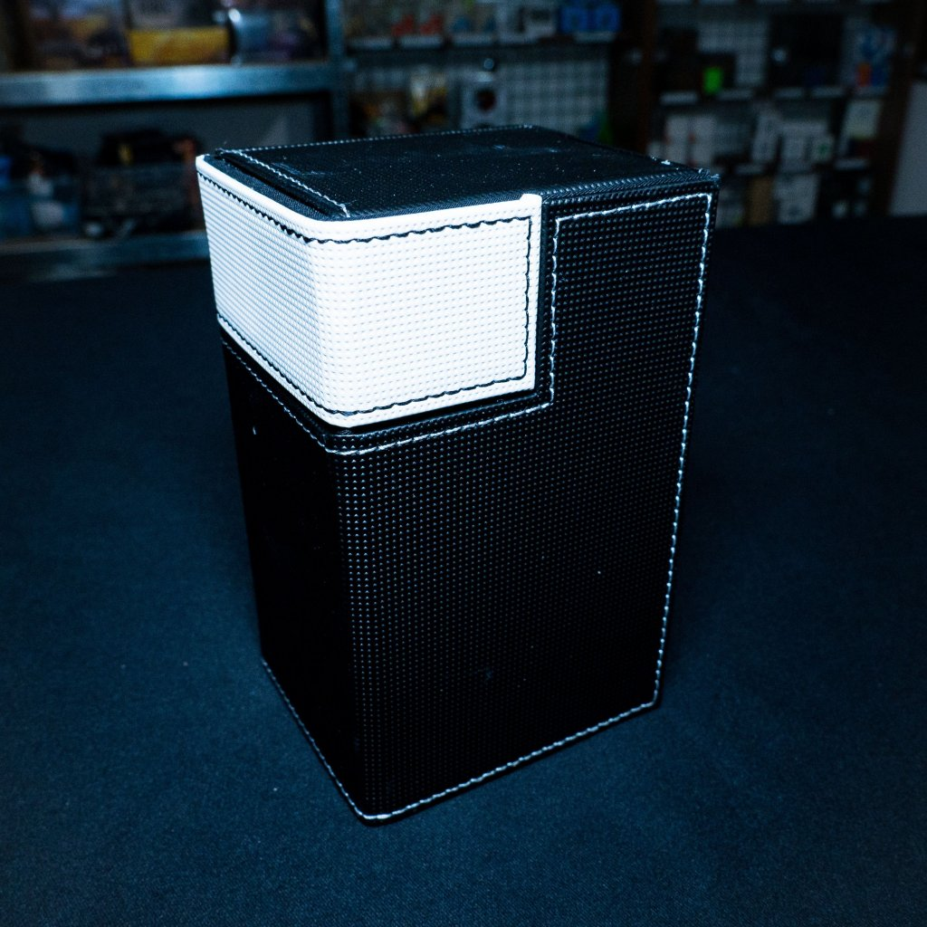 Ultra Pro M2 Deck Box (Magic: the Gathering deckbox)