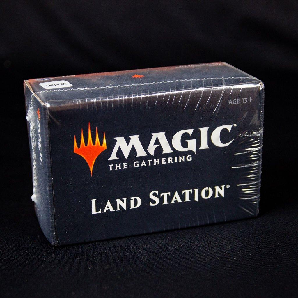 Core Set 2020 - Land Station (Magic: The Gathering)