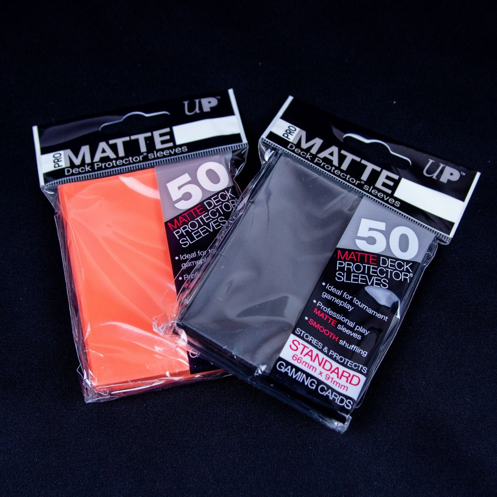 Deck Protector Sleeves Matte (66 x 91mm, 50ks) - Ultra Pro obaly na karty